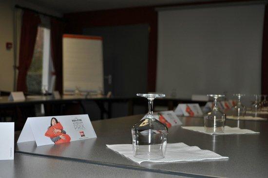 Ibis Autun : Salle de séminaire