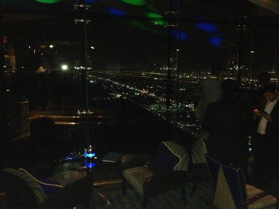 Burj Al Arab Jumeirah: skyline sparkling!