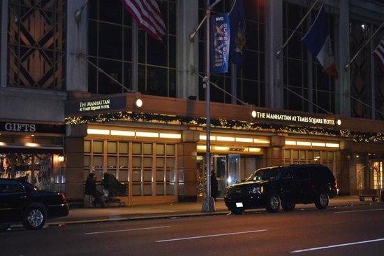 The Manhattan at Times Square Hotel: Fachada