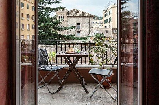 B&B Zen Trastevere: balcone
