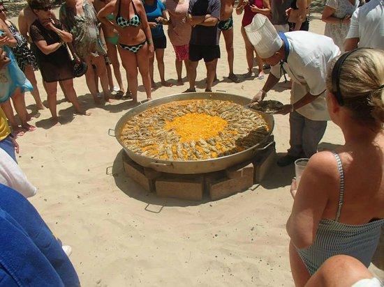 Iberostar Costa Dorada : Seafood on the beach