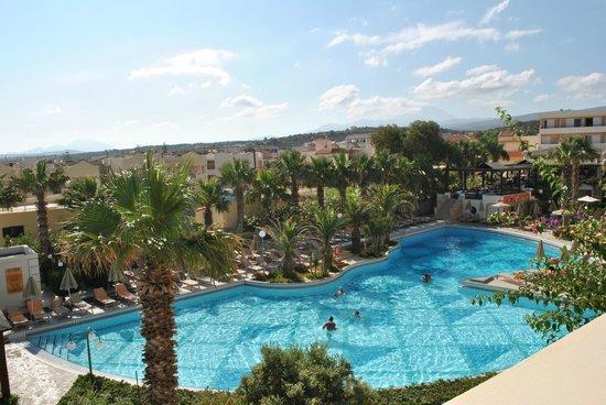 Rethymno Palace : Vue piscine de la chambre