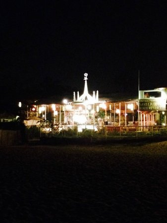 Estrela Do Mar Beach Resort : SHACK VIEW ON THE BEACH