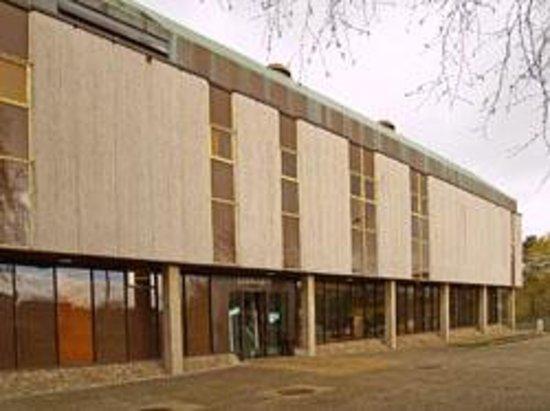 Enniskillen Library