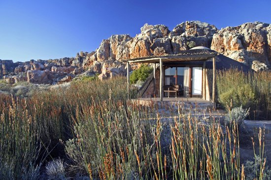Kagga Kamma Nature Reserve: En-suite thatched rondavels/huts
