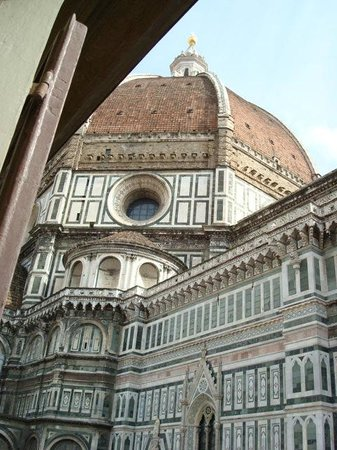 Hotel Duomo Firenze: View is great!!  Close the window and shut out all the noise.