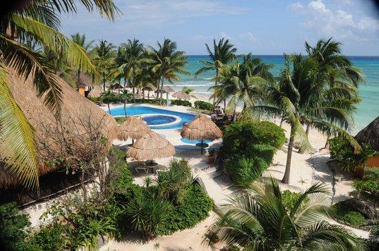Mahekal Beach Resort: cama