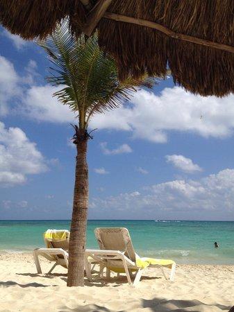 Mahekal Beach Resort: varanda do quarto