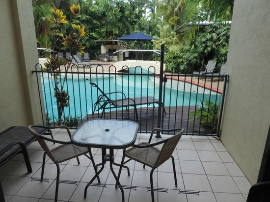 Meridian Port Douglas: Open the gate and get into the Pool from your veranda.