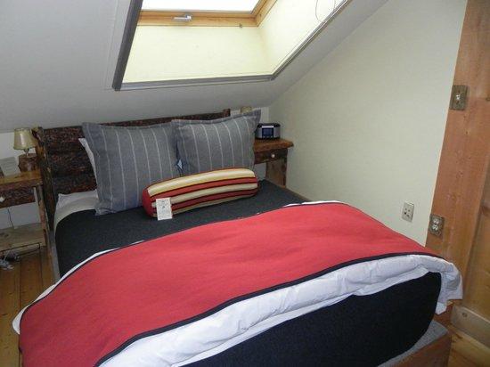 Sundance Resort: Loft and full bed