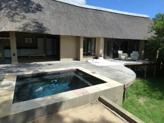 The River Lodge At Thornybush: Blick auf eine der 4 Lodges ( Lodge nr. 2)