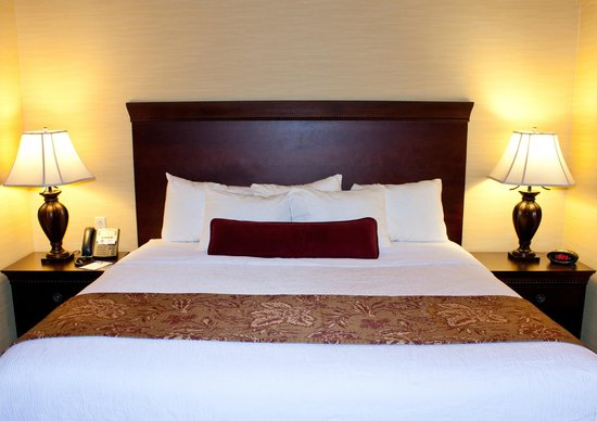 Best Western Plus Vineyard Inn & Suites: Guest Suite