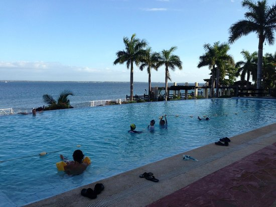 Not So Big Swimming Pool Picture Of Vista Mar Beach Resort Country Club Lapu Lapu Tripadvisor