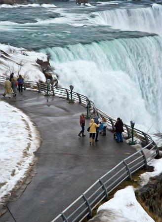 Royal Tours of Niagara Falls from Toronto: Niagara Falls Tours from Toronto