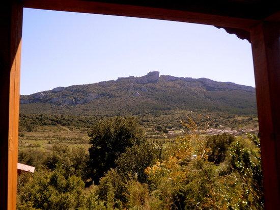 Gites les Casots de Traoucalieres : vue depuis la terrasse du chalet corbières