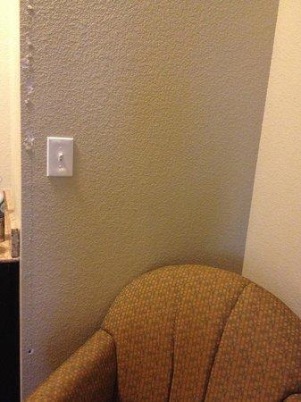 La Quinta Inn & Suites McKinney : Major wall damage in living area