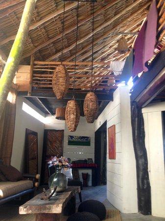 Utopia Guesthouse & Yoga Studio: Living room with Yoga Studio nestled above