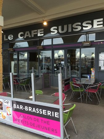 Le Cafe Suisse