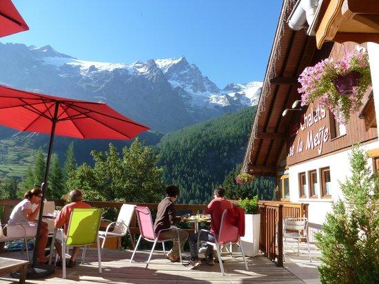 Panoramic Village (Chalets de la Meije): outside view