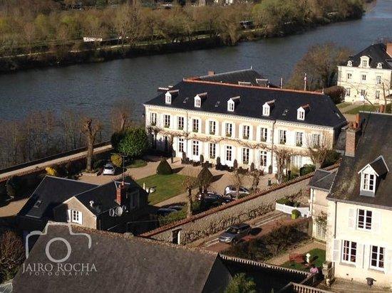 Hotel Le Manoir les Minimes : Hotel vista do Chateau.