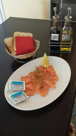 Cafe Duo: Smoked salmon .... mmmm