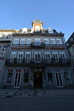 Grande Hotel Do Porto : ホテルの正面ですす。