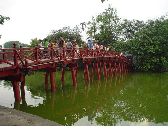 Incredible Asia Journeys