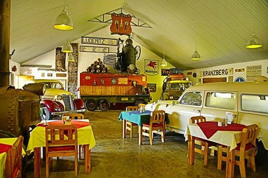 Canyon Roadhouse: The restaurant area