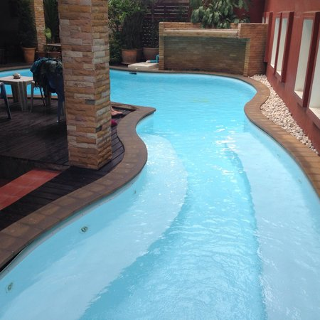 Thana Hotel & Guesthouse : Little pool
