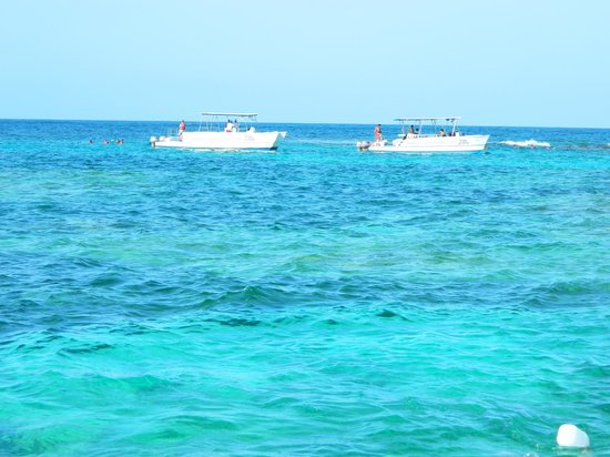 Punta Cana Party Boat: Boats along the way...