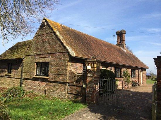 Pekes Manor Oast House: old house