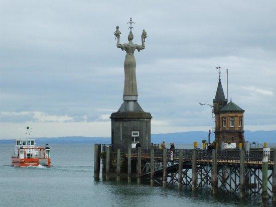 Hafen Konstanz: Harbour entrance