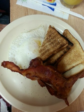 Magoo's Place : Breakfast egg platter