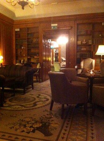 Brockencote Hall Hotel: the library.