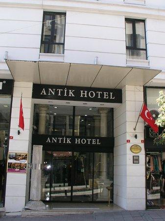 Antik Hotel Istanbul: Fachada del Hotel