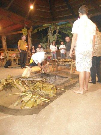 Te Ra'ai restaurant étnico Rapa nui: Curanto Isleño