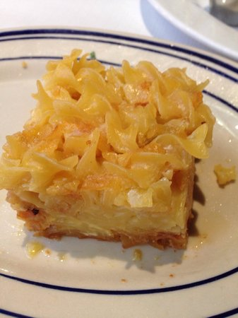 Brooklyn Diner : Kugel (sweetened with what tastes like brown sugar)