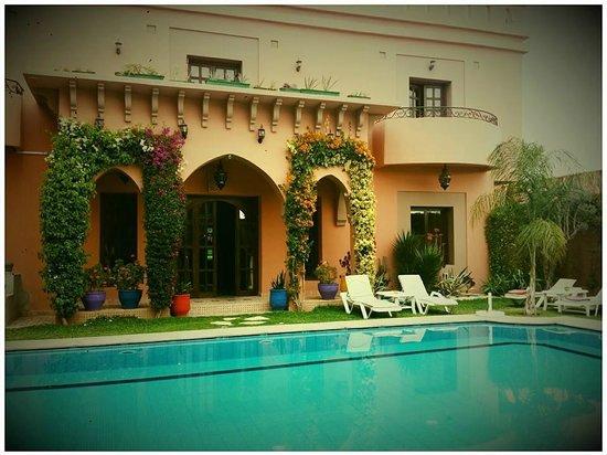 Albakech House : Pool