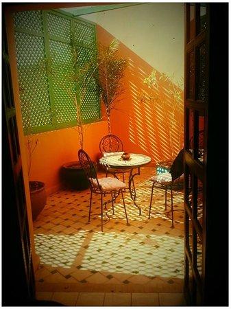 Albakech House : patio area room 12