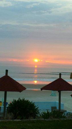 Sunrise at Dream Inn - 04.06.2014