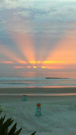 Dream Inn: Breathtaking Sunrise - 04.06.2014