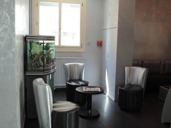 Auv'Hôtel : salon réception cantal mauriac