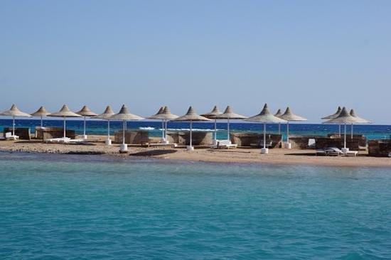 Coral Beach Resort: )