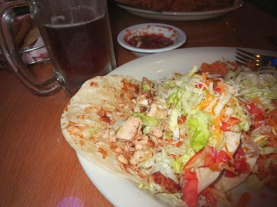 La Palma Mexican Grill : Lots of fish in the mahi mahi tacos