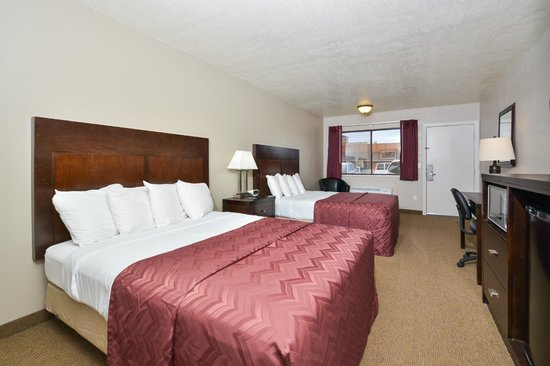 Americas Best Value Inn & Suites-Bryce Valley: Deluxe Queen room