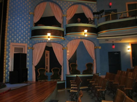 Stoughton Opera House : Main floor/box seats