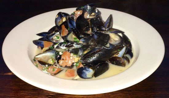 River House Grille: Mussels - 2 For 1 Every Thursday