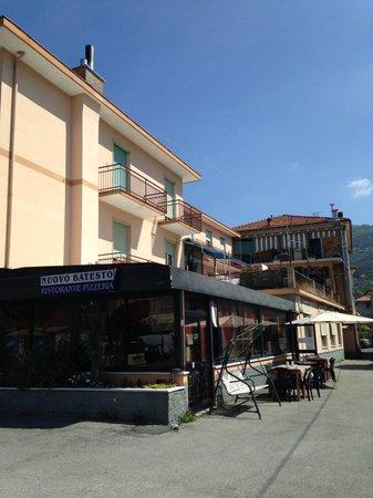 Nuovo Batesto Restaurant: Ingresso