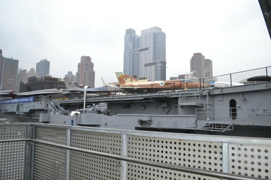 Intrepid Sea, Air & Space Museum: Vista desde la cubierta