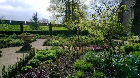 The Bishop's Palace and Gardens: lovely spring garden